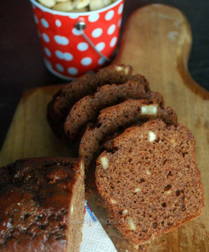 date almond chocolate cake 1